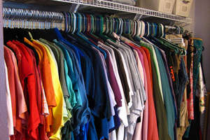 Masz niepotrzebne ubrania i sprzęty? Możesz komuś pomóc [SONDA]