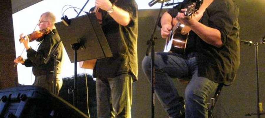 W sobotę na kruklaneckiej scenie wystąpi m.in. zespół Mazurskie Trio
