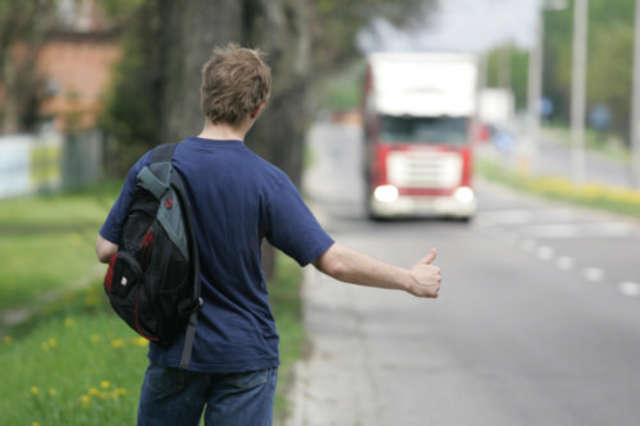 Czy zabierasz autostopowiczów? - full image