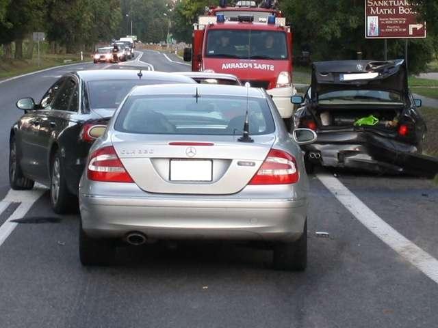 Zderzenie aut na ul. Kościuszki w Sierpcu - full image