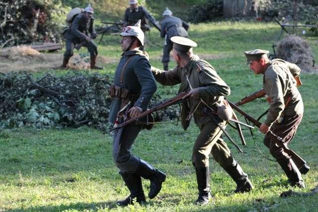 Rekonstrukcja walk z I wojny światowej - full image