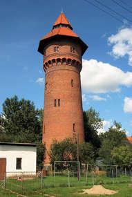 Zabytkowa wieża ciśnień w Pieniężnie