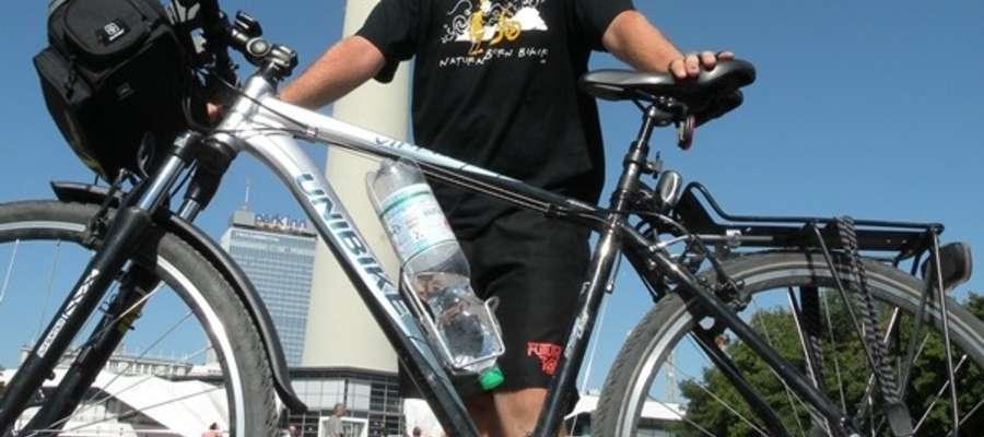 Sześćdni zajęło Grzegorzowi Jędrzych z Orzysza dojechanie rowerem do Berlina