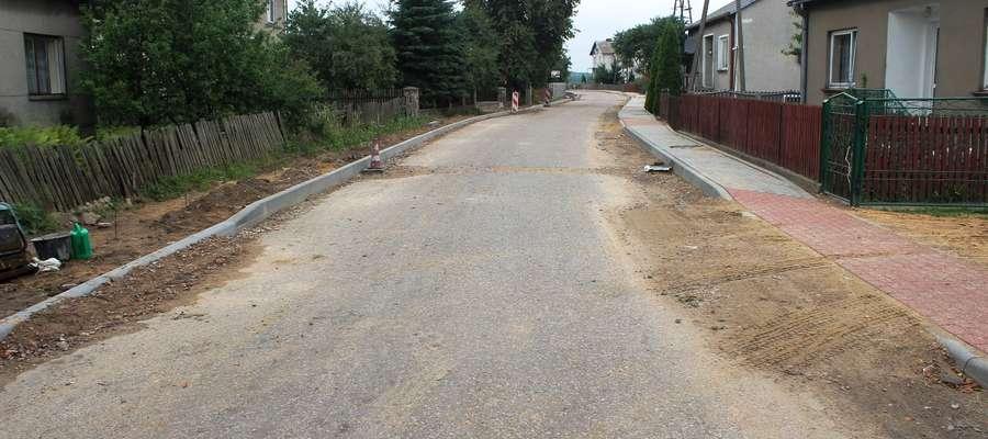 Droga w Dąbrowicach zostanie przebudowana