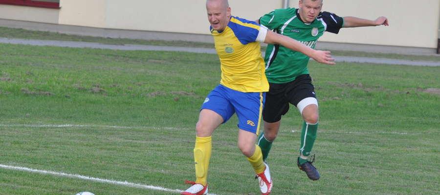 Autor czterech bramek Łukasz Betlejewski (z prawej)