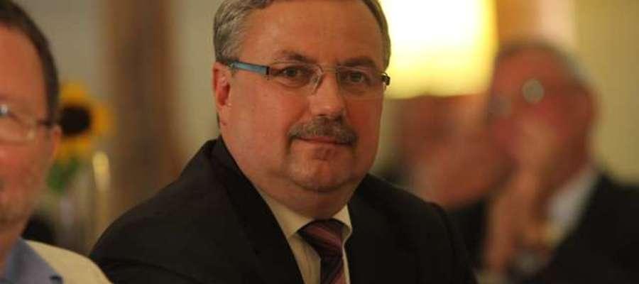 Wojewoda Marian Podziewski wydał zarządzenie zastępcze o wygaszeniu mandatu wójta Jana Przyborskiego