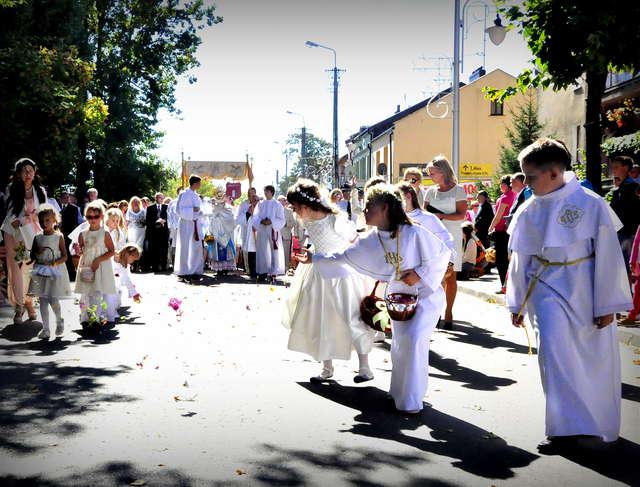 Żuromin. Święto parafii, święto plonów - full image