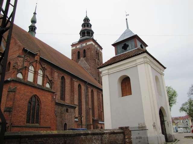Kościół pw. św. Apostołów Piotra i Pawła w Lidzbarku Warmińskim - full image