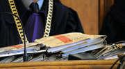 Ratownicy medyczni oskarżeni o gwałt i inną czynność seksualną. Jakiej kary zażąda prokurator?