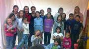 Dzieci na warsztatach teatralnych