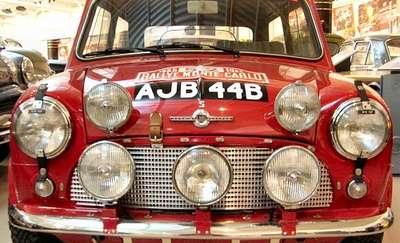 Zlot samochodów Mini Morris
