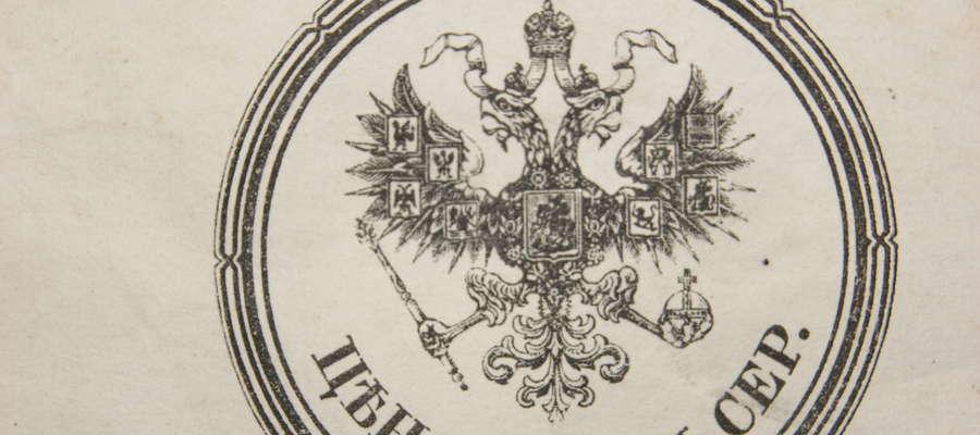 Dwugłowy orzeł widoczny na manuskrypcie
