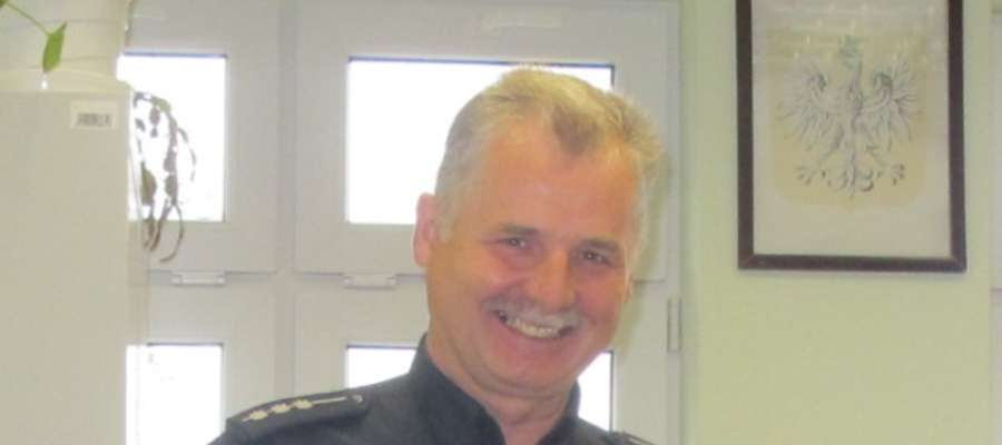 Jan Kras - policjant, który uratował życie 17 -latce.