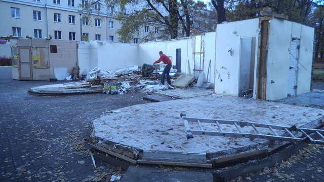 Usuwają najbrzydsze budowle w Kortowie. Znika kultowe miejsce - full image
