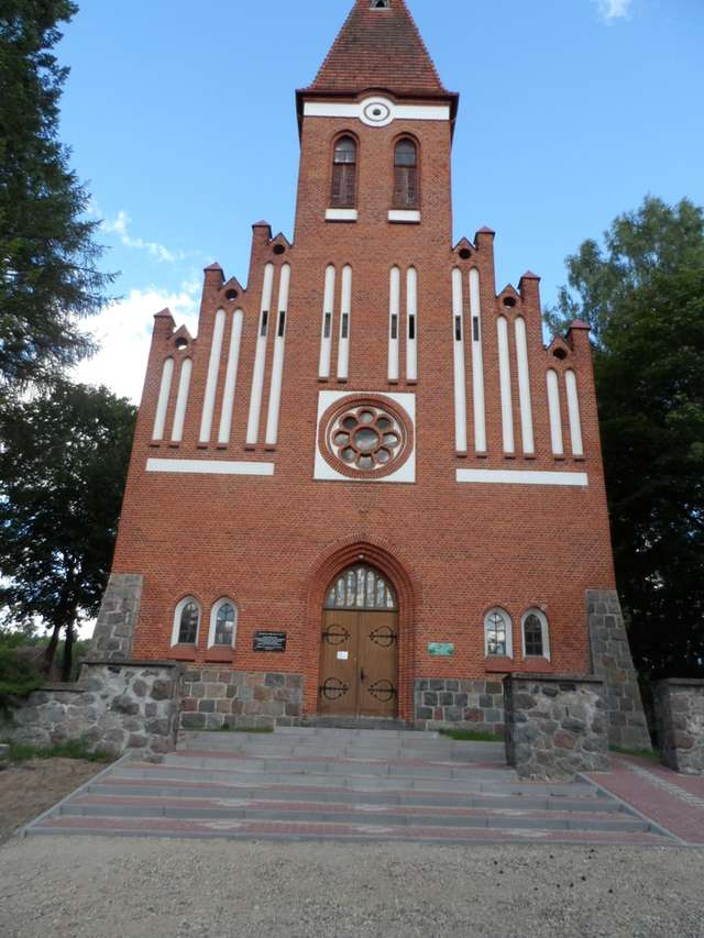 Kościół w Orzechowie - full image