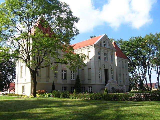 Pałac w Pacółtowie - full image