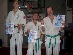 Krystian Archacki (pierwszy z lewej) na podium turnieju w Giżycku
