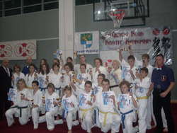 Udany start karateków z Bartoszyc podczas turnieju w Giżycku