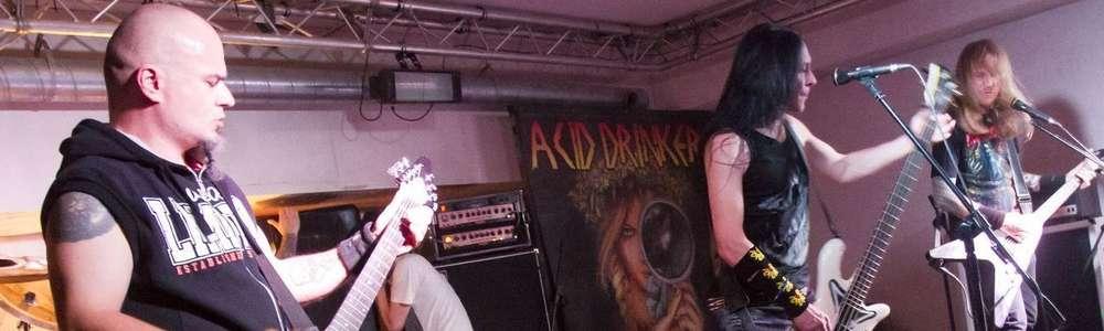 Acid Drinkers promuje Peep Show!