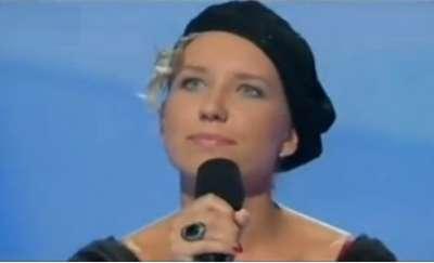 """Lubisz śpiewać? Doskonal swój warsztat z Anią Binkul dwukrotną laureatką kultowego programu  """"Szansa na Sukces""""!"""