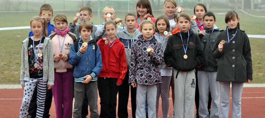 Zwycięzcy i zwyciężczynie kategorii szkół podstawowych