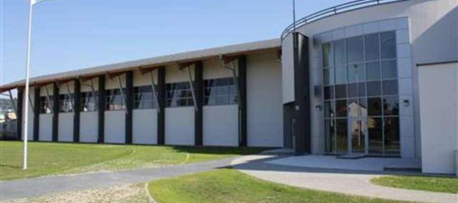 Mieszkańcy z hali sportowej przy LO mogą korzystać od poniedziałku do piątku