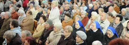 Sanktuarium ustanowiono w kościele pw. Matki Boskiej Królowej Polski