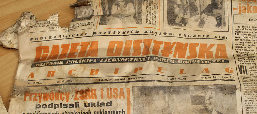 """""""Gazeta Olsztyńska z 29-30 maja 1976 r. uszczelniała okna mieszkania w Bisztynku."""