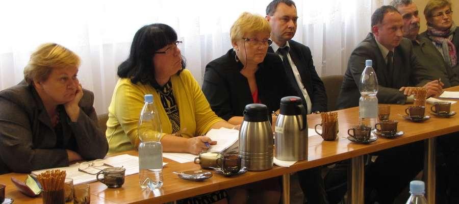 Sesja Rady Gminy w Pozezdrzu, 30 września 2013