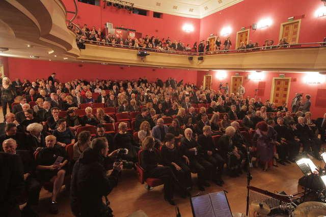 Uroczyste otwarcie Teatru im. S.  Jaracza. Zdjęcia z gali! - full image