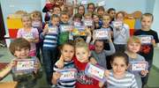 Ostrołęka: Firma SPS Handel obdarowała prezentami pierwszaków z If ze Szkoły Podstawowej nr 10