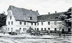 Zamek krzyżacki i park pałacowy w Dąbrównie
