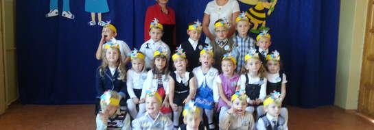 Najmłodsi uczniowie z SP w Słobitach, czyli przedszkolaki i pierwszoklasiści przyjęci zostali w poczet uczniów