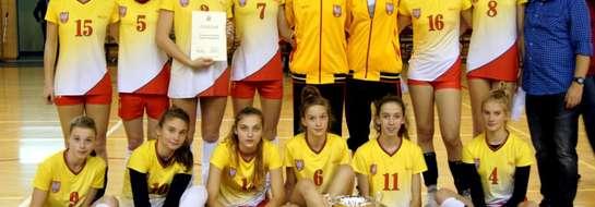 Kadra Mazowsza z zawodniczkami Rosario w składzie (nr 9, 10, 6, 11, 4)