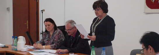 Radni ustalili nowe zasady wypłacania dodatku mieszkaniowego dla nauczycieli