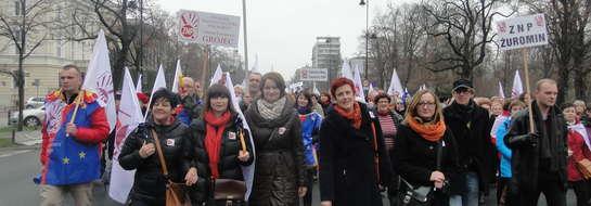 Nauczyciele z Żuromina protestują w Warszawie