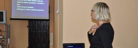 W przekazywaniu wiedzy pomocna okazała się prezentacja multimedialna