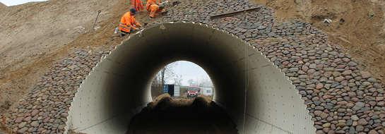 Nowy wiadukt w Sątopach ma być przejezdny do końca 2013 roku.