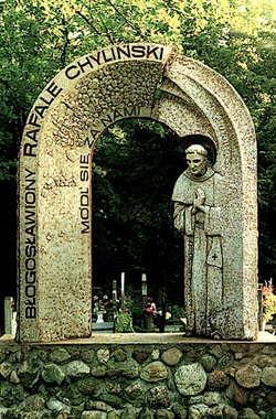 Rzeźba bł. Rafała Chylińskiego-Kwatera Cmentarna Franciszkanów (Cmentarz Łagiewnicki Łódź)