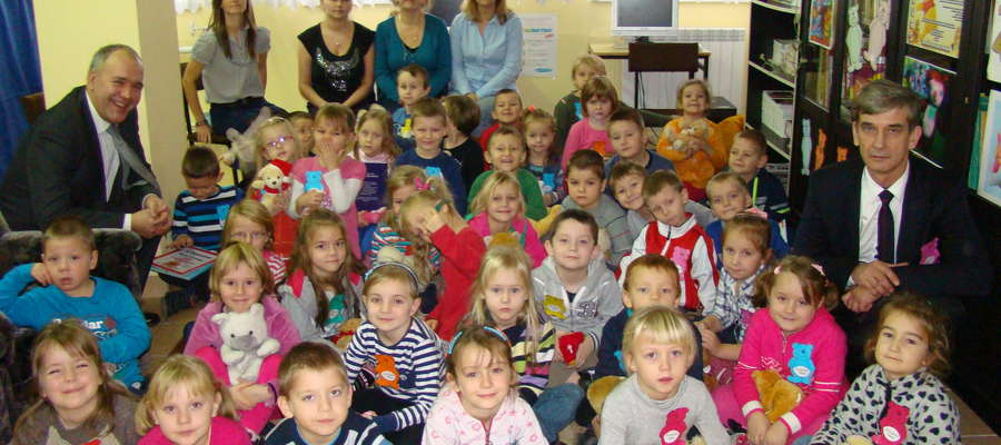 Dzieci świętowały z burmistrzem Szymańskim