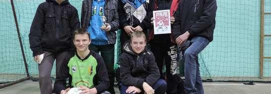 Uczestnicy Halowego Turnieju Piłki Nożnej o puchar Świętego Mikołaja