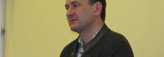 - Za 6 milionów złotych, ze środków unijnych, wykonane zostaną pod lokalnymi drogami przejścia dla płazów i gadów - poinformował radnych z Dubeninek Jaromir Krajewski.