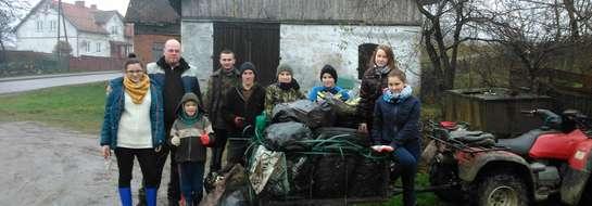 W ubiegły weekend tj. 30.11. zorganizowaliśmy sprzątanie naszej wsi Kwiatkowo