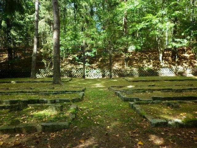 Cmentarz wojenny w Módłkach - full image