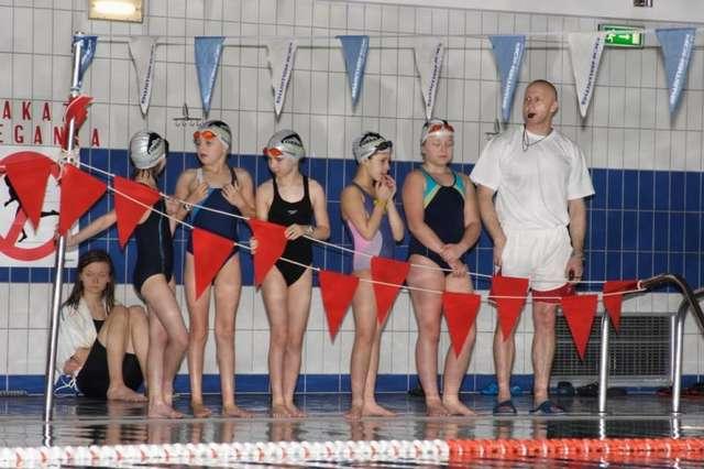 Otwarte Mistrzostwa Ostrowi w Pływaniu - full image