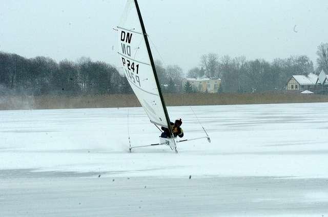 Jezioro Ewingi po raz pierwszy w historii gościło zawody bojerowe - full image