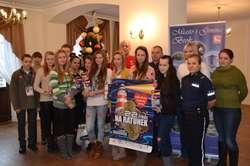 Brokowscy wolontariusze wraz z opiekunami