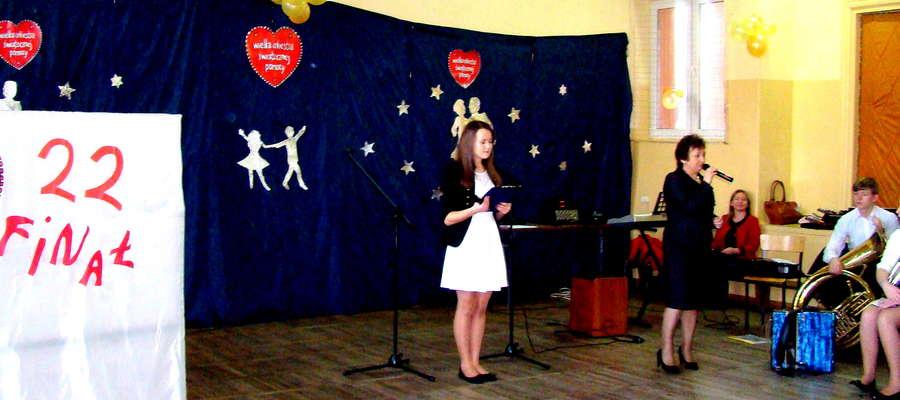 Na scenie prezentowali się uczniowie szkoły