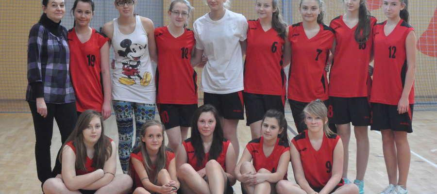Koszykarki z Zielunia zajęły 4. miejsce w turnieju rejonowy