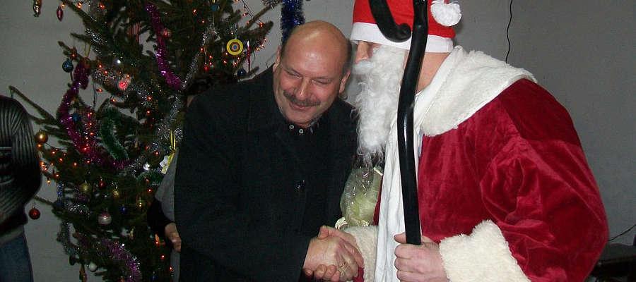 Prezenty od św. Mikołajaka otzrymały nie tylko dzieci.